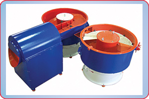 VIBRATORY FINISHER DISCHARGING